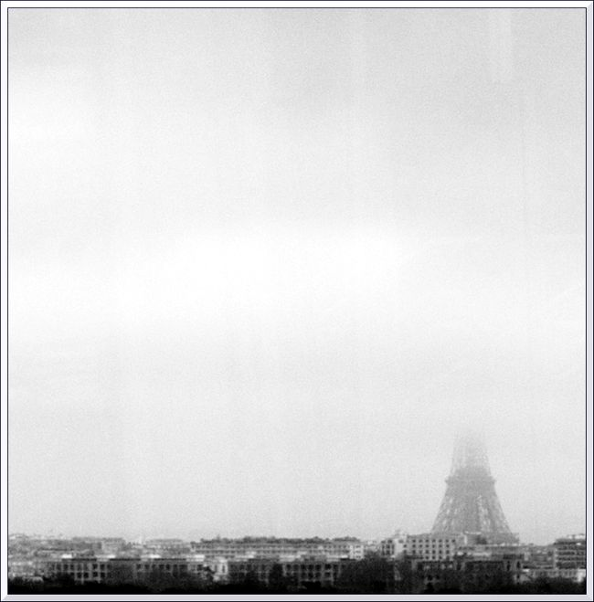 Tour eiffel nb-2 blg