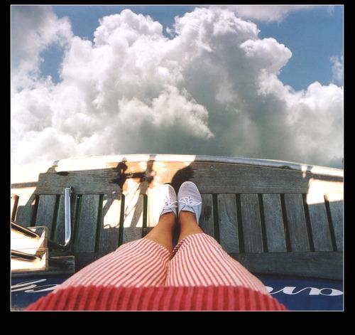 Les_pieds_dans_les_nuages